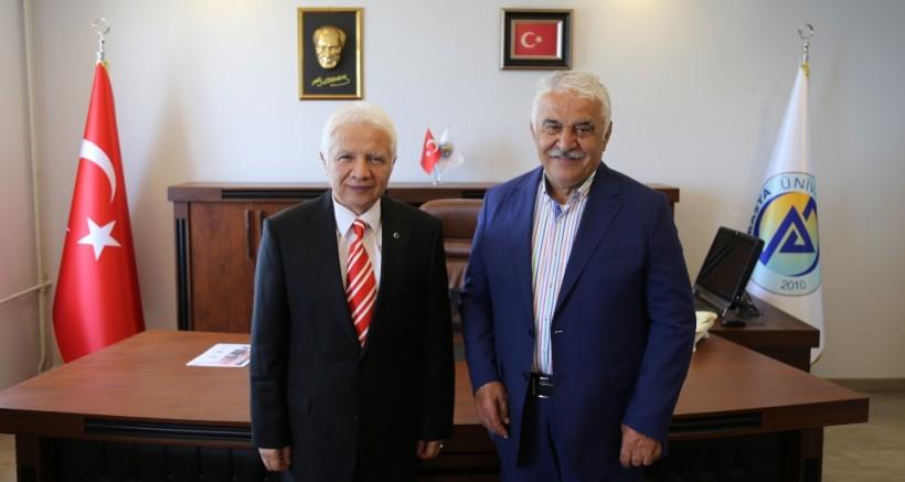 KTÜ'den Emekli Olan Özen, Avrasya'yı Seçti