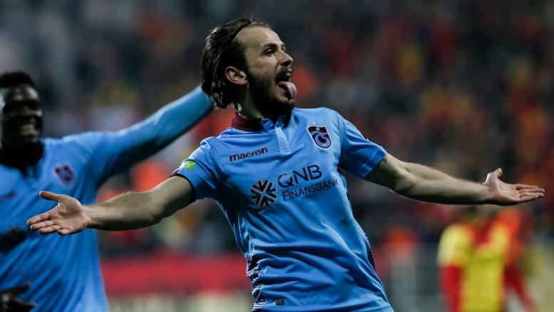 Trabzonspor'da Abdulkadir Parmak'a af çıktı!