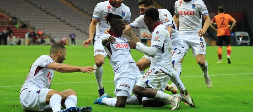 Trabzonspor'da Gelenek Bozulmadı, 3 Puan Uzatmalarda Kaçtı: 1-1